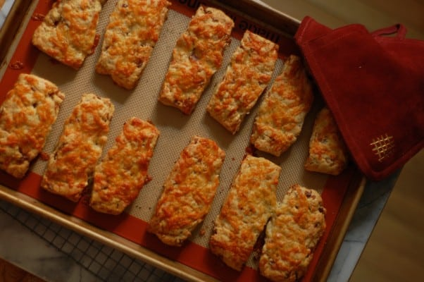 Bacon Cheddar Scones! From Blossom to Stem | Because Delicious www.blossomtostem.net