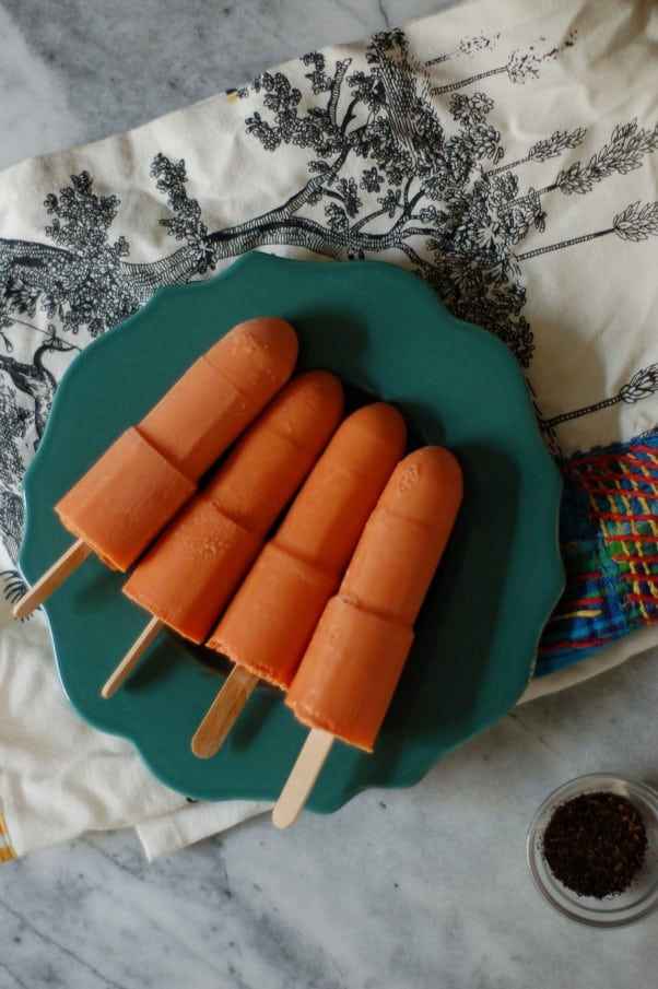 Thai Iced Tea Popsicles! Creamy black tea ice pops with a hint of vanilla and spice. From Blossom to Stem | Because Delicious www.blossomtostem.net #frozenfridays