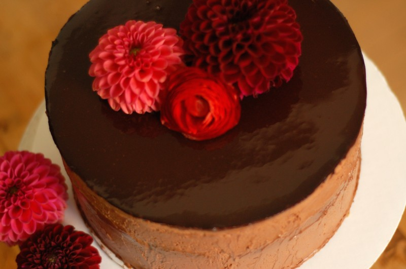 13 Ways of Looking at a Chocolate Cake. A showstopping cake for a special occasion. From Blossom to Stem   Because Delicious www.blossomtostem.net